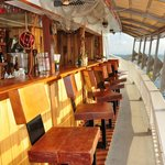 Nomad Living - Tour Boat & Restaurant