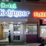  Hotel Kohinoor Plaza is one of the most affordable classy budget hotels in Aurangabad. The hotel