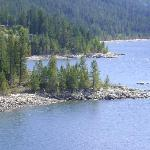  Kootenay Lake