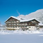 Sunstar Hotel Klosters - Hotel im Winter
