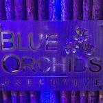 Blue Orchids Executive resmi