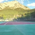 tennis court with mountain view :-)