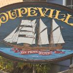 Coupeville inn sign