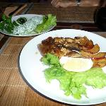 Spinach salad and duck lungs