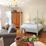 One spa cottage on ten acres of blueberry farm and gardens