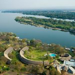 ‪A'Zambezi River Lodge‬