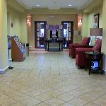 Foto van Holiday Inn Express Hotel & Suites Quincy I-10