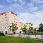 ‪Ibis Zurich Messe-Airport‬