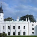 The extraordinary south front of Strawberry Hill
