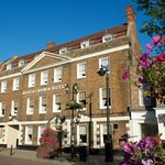 The Rose and Crown Hotel의 사진