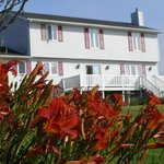 ‪Coastal Waters Accommodations B&B‬