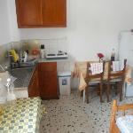quirky typical greek kitchen,i stayed 7 weeks and beds chang