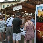 Chianti rooms is a short walk from the tow