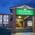 Country Suites Coon Rapids