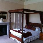 The four poster, clean and very comfortable