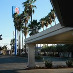 SUPER 8 MOTEL - MERCED