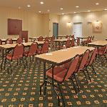  CountryInn&amp;Suites El Dorado MeetingRoom