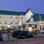  CountryInn&amp;Suites Sumter ExteriorNight