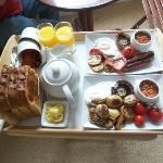  Excellent plentiful breakfast including tasty fresh bread