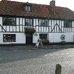 Photo de Tudor Cottage Bed and Breakfast