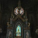  tha main altar