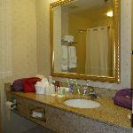 Фотография Comfort Suites North Bergen