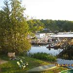  Guathiers: lake front and boats