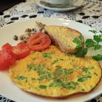 Beautiful breakfast- for the vegetarian partner.