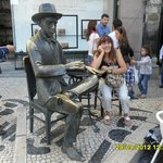Fernando Pessoa Statue