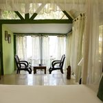 Cottage Virgin Green Interiors