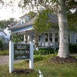 Atlantic Birches Inn resmi