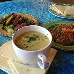  Braised green beans, grape leaves, and lentil soup