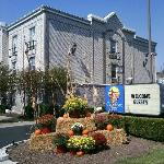 Fall Savings at Comfort Inn West!