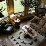 Фотография Lone Elk Lodge Bed & Breakfast