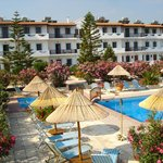 ‪Spiros-Soula Family Hotel & Apartments‬