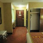 Photo of BEST WESTERN St. Louis Inn