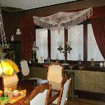 Calgary Historic Bed and Breakfast at Twin Gables의 사진