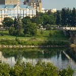 Welcome to the Park Town Hotel located in Downtown Saskatoon on the South Saskatchewan Riverbank
