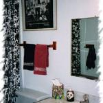  Hall Bathroom 1