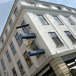 The hotel is situated centrally in the historic town centre.