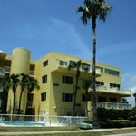 Chart House Suites on Clearwater Bayの写真