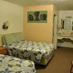 Room 2 Double Beds