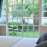 Sand River Guest House resmi