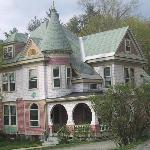 Betsy&#39;s Bed and Breakfast