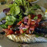Grilled sardines & salsa salad lunch - delicious!