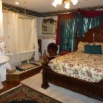 White House Inn Bed and Breakfast