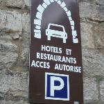 Hotel guest is authorised to drive in