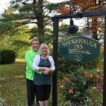 The Tuckernuck Inn resmi
