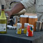 aperitif in the bush