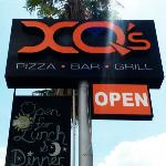 XQ's Pizza Bar Grill
